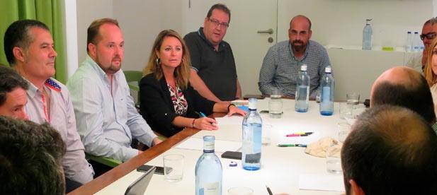 """Carrasco: """"Empresarios y entidades deportivas de las playas precisan de mejor infraestructuras para atraer turismo de calidad"""""""