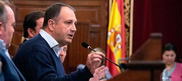 """Salvador Aguilella: """"Es el momento de que la Diputación lidere la salida de la grave crisis de la provincia y que lo haga de forma rápida y eficaz"""""""