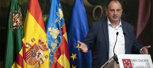 """Salvador Aguilella, diputado provincial del PP, lamenta la hipocresía del PSOE que """"nos ha contado un cuento que ni ellos mismos se creen. Hacen lo contrario a lo que dicen"""""""