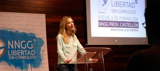 Los populares de Castellón defienden el constitucionalismo y la necesidad de luchar contra los populismos en unas jornadas en Benicàssim junto a Cayetana Álvarez de Toledo