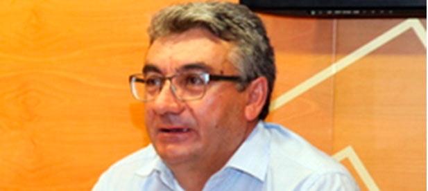 """Ferrer: """"Hoy Els Ports es una comarca más segura porque contamos con desfibriladores en cada uno de los municipios""""."""