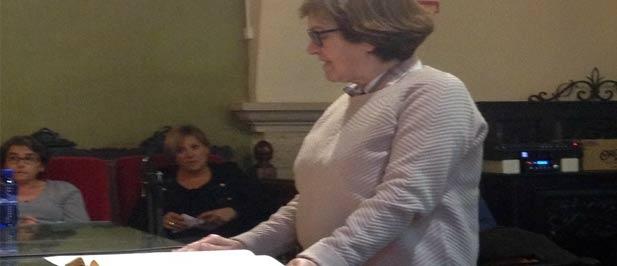 María Victoria Amer, tomó posesión ayer como concejala del Grupo Municipal Popular, en sustitución a Andrés Safont.