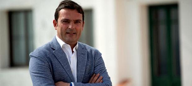 """Andrés Martínez: """"Sólo ofreciendo garantías y credibilidad podremos afrontar las necesidades de los turistas para este verano"""""""