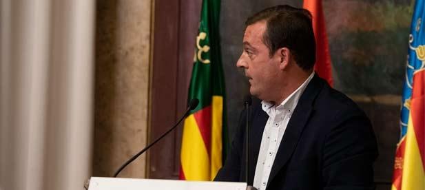 """Andrés Martínez, diputado provincial del PP, recuerda que miles de familias viven de negocios que claman socorro """"ante un gobierno que debería ayudarles y no silenciarles"""""""
