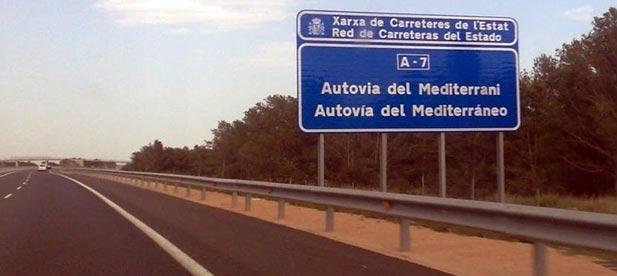 """Bernabé  """"Las autovías son infraestructuras públicas y  gratuitas  porque  los  españoles  ya  hemos  pagado  con nuestros impuestos su construcción"""""""