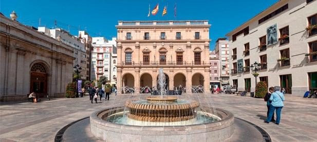 El 'fracaso' en materia de vivienda por parte del gobierno de Amparo Marco durante la pasada legislatura es manifiesto según indica Toledo.