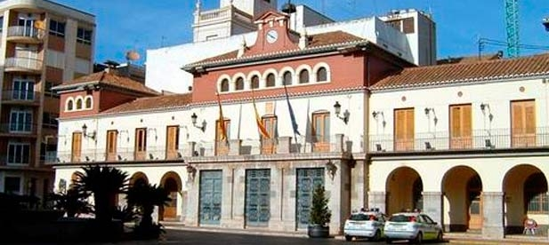 El 'pacto del gasto' de Nules ha decidido privatizar la brigada de obras de la localidad con un coste para los vecinos de 600.000 euros.