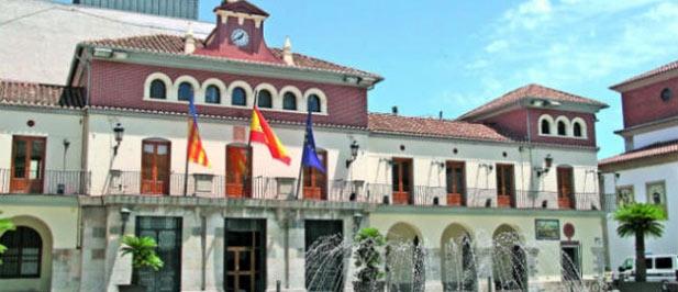 El GMP de Nules emplaza al ayuntamiento a asumir los 25 euros de más que la empresa adjudicataria de luces de Navidad pide a los comercios.