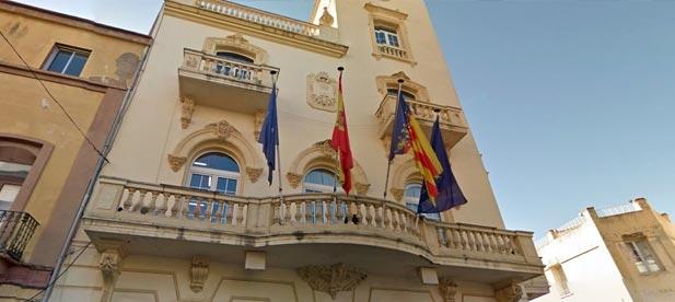 Un notario de la Vall d'Uixó ha levantado acta en la que da fe que el tripartito formado por PSOE, Esquerra Unida y Compromís niega el acceso a los contratos, convenios y facturas de la empresa pública Emsevall.