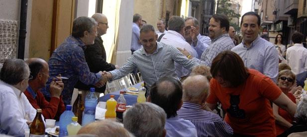 Barrachina ha acudido al tradicional almuerzo del PP de Vila-real por las fiestas de Sant Pasqual acompañado por la presidenta del PP en la Comunitat Valenciana, Isabel Bonig