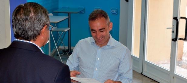 Miguel Barrachina ha formalizado su candidatura a presidir el PP de Castellón ante el COC (Comité Organizador del Congreso) con la presentación de los avales.