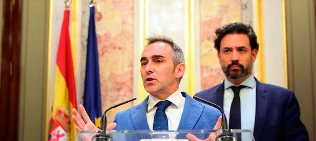 """Barrachina: """"Si bien el PSOE, desde el Consell, ya bloqueó la ampliación de la autovía retrasando el papeleo casi un año; ahora el PSOE, desde el Gobierno de España, sigue paralizando su construcción"""""""