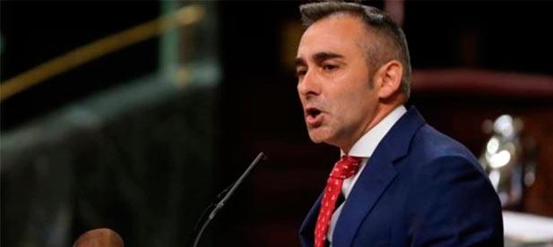 """Barrachina (PP): """"Tras cerrar juzgado en Segorbe y Nules, el PSOE ha decidido darle como recompensa la jefatura de los fiscales a Dolores Delgado"""""""