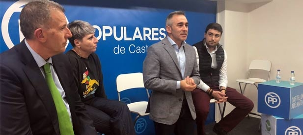 """Barrachina: """"El PP es el partido más renovado y que más defiende y se parece a la provincia"""""""