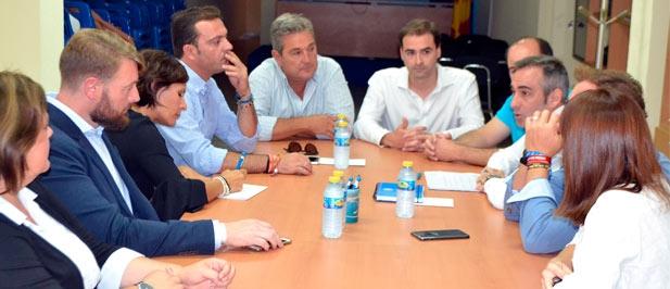Los populares trasladan a Barrachina la necesidad de ampliar las frecuencias entre Castellón y Vinaròs como ya se ha hecho bajo el mandado del PP
