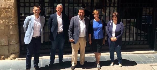 Lucía García ha destacado el esfuerzo realizado por la Diputación de Castellón, para acondicionar el pabellón polideportivo de Cabanes.