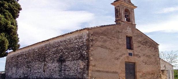 Puig y Oltra han castigado a Cabanes al negar una ayuda para restaurar la ermita de El Calvari.