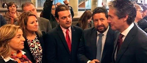 """Carrasco: """"Mientras los partidos del Pacte del Frau (PSOE, Compromís y Podemos) se dedican a hacer oposición desde el gobierno, el PP cumple y trae el AVE a Castellón""""."""