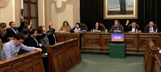 La líder del PP en el Ayuntamiento confía en que el acuerdo del pleno de hoy permita sacar de la parálisis en la que está sumido el equipo de gobierno por su división interna y se pongan a trabajar en resolver los problemas reales de los castellonenses.