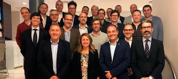 La candidata del Partido Popular a la Alcaldía de Castellón, Begoña Carrasco, ha sido la invitada a la última reunión del Club Rotary Castellón 'Costa Azahar'