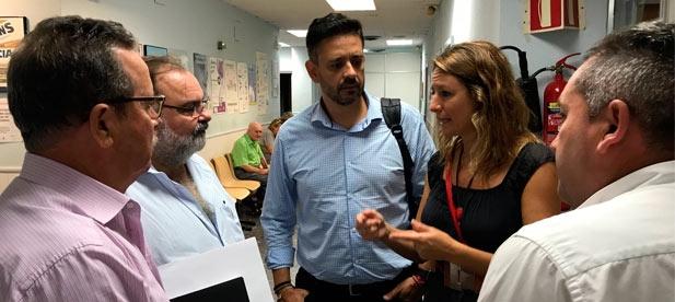 La edil Popular critica que PSPV y Compromís continúan con su política de recortes en materia sanitaria, obligando a los pacientes, muchos de ellos personas muy mayores, a trasladarse a puntos muy alejados del servicio actual.