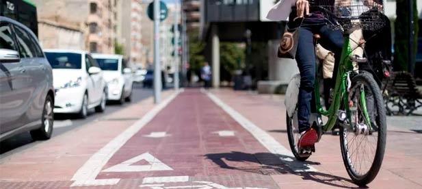 La portavoz del Grupo Municipal Popular en el Ayuntamiento de Castellón se hace eco de las quejas que están planteando los vecinos de la Asociación Virgen de Lidón, quienes han iniciado una recogida de firmas.