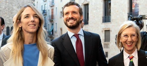 Casado pregunta a Sánchez desde Barcelona cuántas naciones hay en España, si va a pactar con Torra y Junqueras