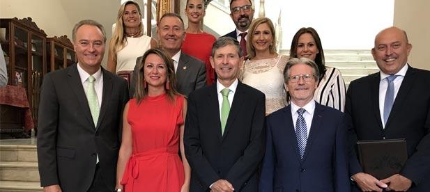 Carrasco con Alberto Fabra y Alfonso Bataller, dos de los tres alcaldes del PP que ha tenido la ciudad de Castellón.