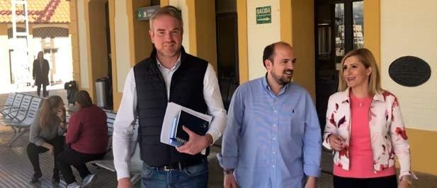 """Clavell: """"Sólo el Partido Popular cree en esta provincia, por eso aprobamos en el Gobierno de España triplicar la frecuencia de trenes que Pedro Sánchez aplazó para arrogarse la paternidad e intentar vender este logro como baza electoral"""""""