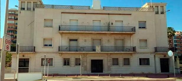 """El PP de la ciudad también denuncia """"el bloqueo de Pedro Sánchez a las obras de mejora del edificio de la Aduana, que el PP dejó activadas y que ya deberían estar en ejecución para recuperar el servicio en PortCastelló""""."""