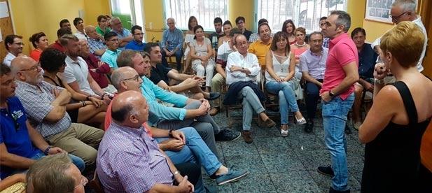 Barrachina ha mantenido esta tarde una reunión en Benicarló con alcaldes y portavoces del Baix Maestrat