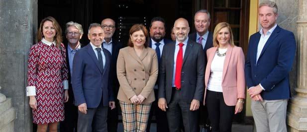 Los candidatos populares han acompañado hoy a la presidenta del PPCS en el encuentro con la sociedad civil celebrado en el Casino