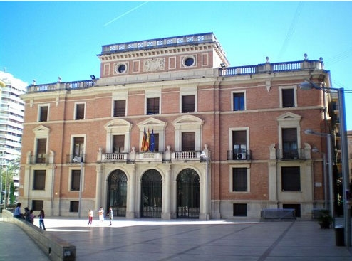 El PSOE se queda solo en su castigo a Castellón