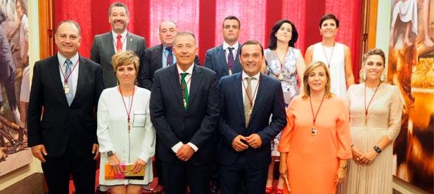Sales entrega una Diputación con deuda cero e invita al nuevo presidente a continuar el legado de Javier Moliner para reforzar el territorio con inversiones útiles