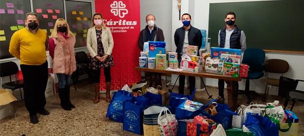 Los juguetes recogidos llegarán a las familias de 16 parroquias de la ciudad gracias a Cáritas.