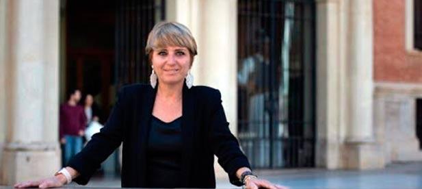 """Elena Vicente-Ruiz: """"Dos meses después de celebrarse las mesas de diálogo no han activado ninguna de las medidas que anunciaron"""""""