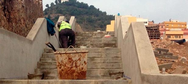 El GMP del PP ha propuesto embellecer y ornamentar las emblemáticas escaleras que comunican el PAI Ciudad Jardín con la carretera.