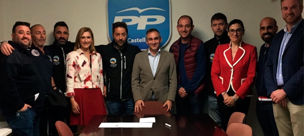 Diputados y senadores del PP de Castellón se han reunido con los estibadores de Castellón y Barcelona dentro del clima de diálogo y consenso de ambas partes