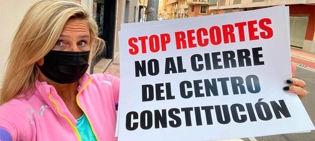 Fabregat recuerda que ahora mismo, están cerrados el consultorio de Constitución, Benadressa, San Lorenzo y Grupo Reyes. Asimismo, tampoco se ha abierto al público el consultorio de la Marjaleria