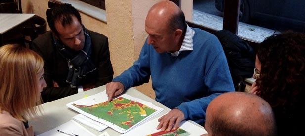 """Feliu: """"Quienes compraron como suelo urbanizable se encuentran con sus parcelas convertidas en suelo no urbanizable y ya no tendrán opción a construir"""""""