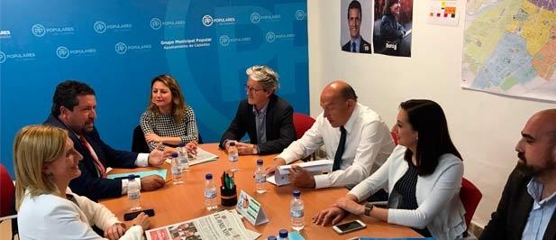 Carrasco considera urgente la adopción de medidas que garanticen la continuidad de la actividad citrícola de Castellón de la Plana.