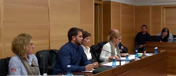 El PP de Nules ha rogado a los concejales que en 2015 decidieron repartirse los despachos del consistorio que asuman las responsabilidades que se derivan de cada una de las delegaciones que ostentan.