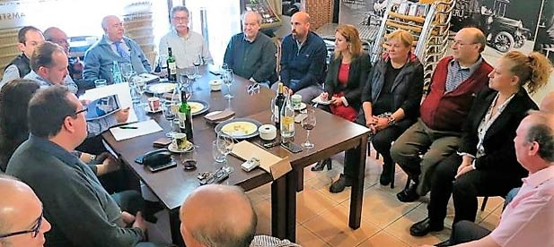 El PP de la ciudad de Castellón advierte al bipartito de que serán los únicos responsables de cerrar para siempre un servicio tradicional e histórico que tiene muchas posibilidades para ser un impulsor del turismo y el empleo en torno al mar.