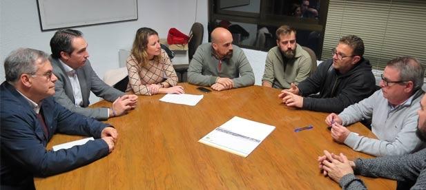 El Grupo Municipal Popular ha presentado una Declaración Institucional en el pleno para instar a la Conselleria a que vuelva a activar la línea de ayudas para la  modernización de las embarcaciones