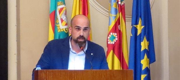 """Guillamón: """"Lleva más de un año cerrado, más de un año abandonado y sin proyecto de futuro para los graueros"""""""