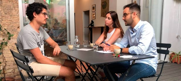"""Herminio Serra, secretario general de NNGG, acusa al PSOE """"de menospreciar a los sanitarios y negarles sus derechos laborales. Son ellos los que salvan vidas, no Puig"""""""