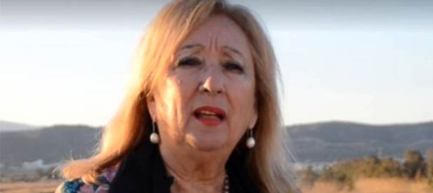 La socialista Josefa Tena aprovecha que ha comprado la voluntad de los dos tránsfugas para subirse ella misma el sueldo y a todo el equipo de gobierno de Torreblanca