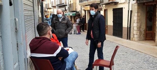 """Lecha denuncia que """"el equipo de gobierno socialista recauda 133.000 euros a los vecinos por el servicio de recogida de residuos mientras se embolsa en nóminas 150.000 euros anuales"""""""