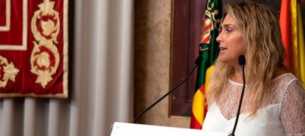 """La diputada provincial del PP y alcaldesa de Vall d'Alba, Marta Barrachina, urge una actuación """"porque hemos visto minorado el servicio"""""""