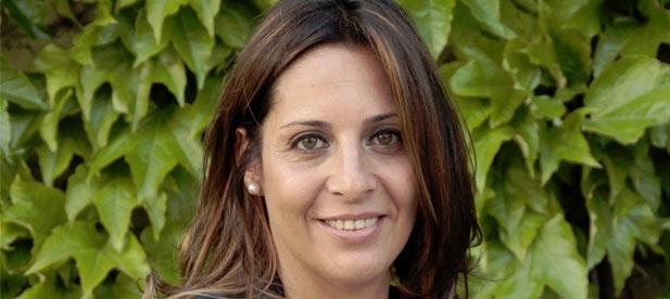 López ha puesto de manifiesto el descontrol en el gasto que ejercen cuatro partidos que se repartieron en 2015 los despachos.